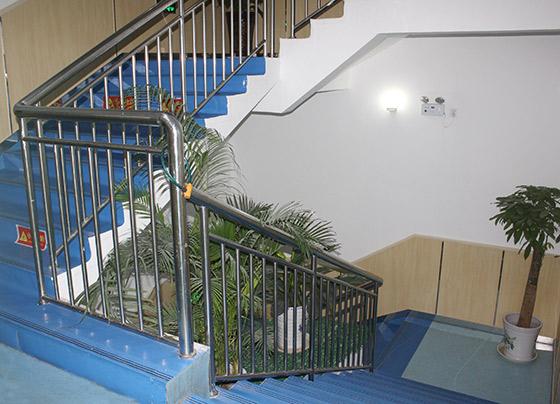 济南老年公寓整洁的楼道